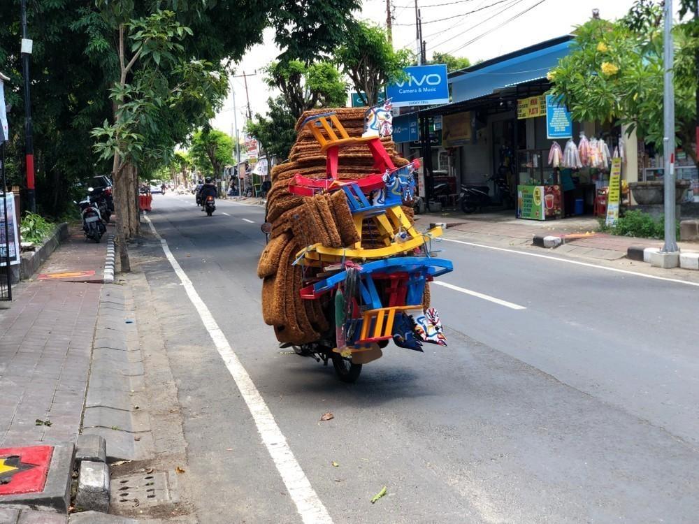 scooter Uluwatu